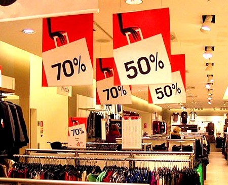These nine stores offer big military discounts so service members can dress for less.